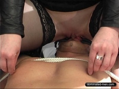 ass  bizarre  licking  pussy  slave