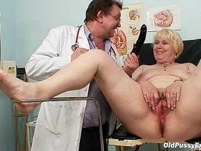 blonde  chubby  doctor  hairy  wet
