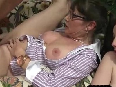 3some  couch  horny  mature  mom  sluts