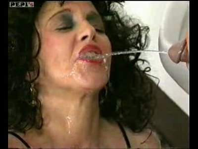 cum on tits   mature   peeing