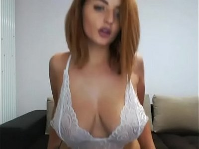 camshow  huge tits  naked  sexy  thick